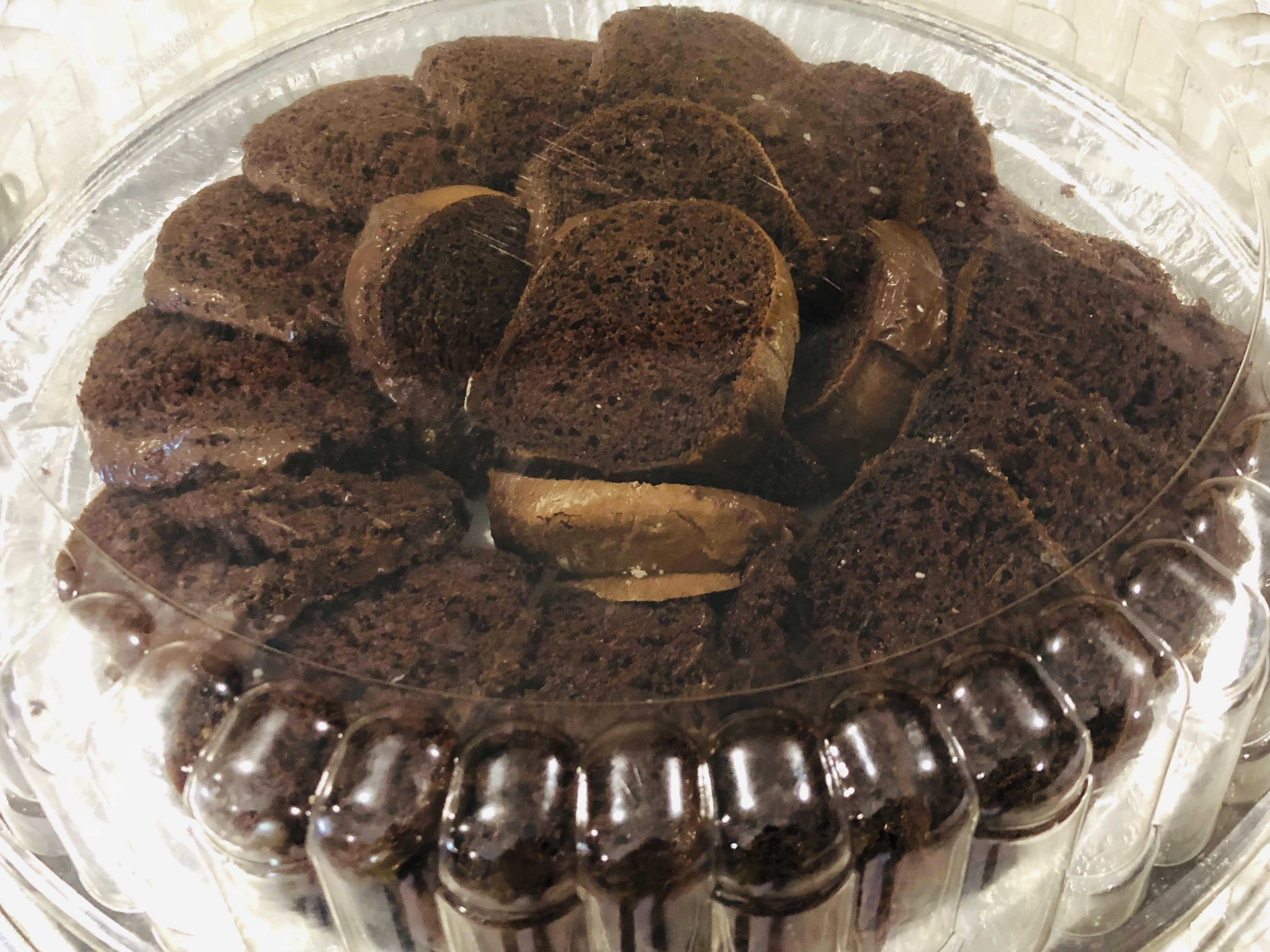 catering chocolate cake