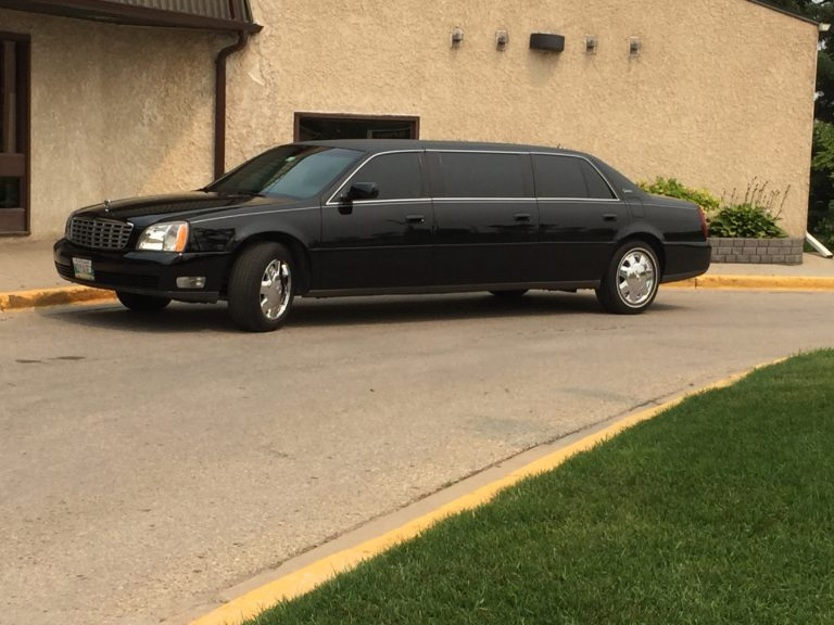 voyage funeral homes limo